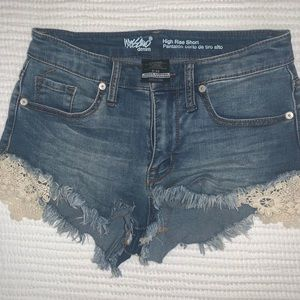 High waisted denim shorts with lace detailing